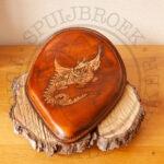 motorzadel panzadel solo bobber zadel tuigleer draak dragon carving antique medium brown pan