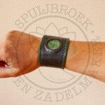 armband mosagaat steen_inleg zwart groen tuigleer breed bracelets